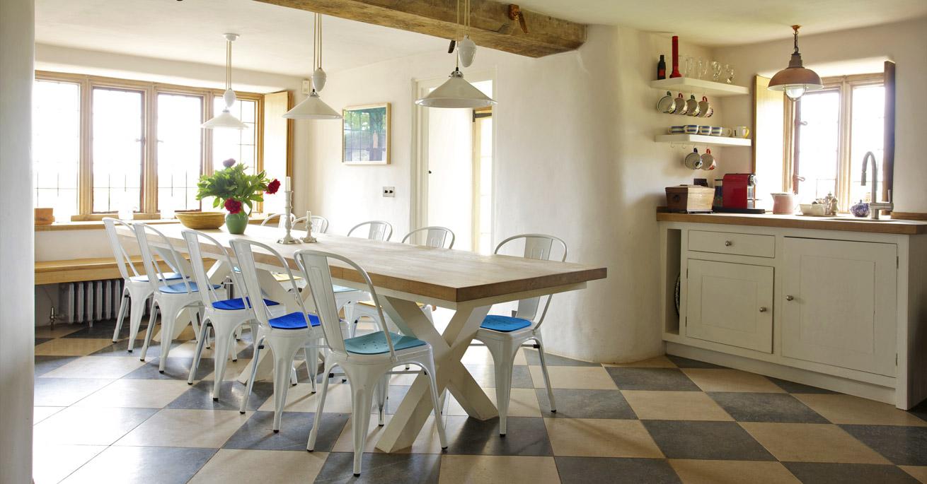 Devon Longhouse kitchen